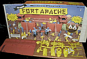 1960s Marx Fort Apache Set in Original Box (Image1)
