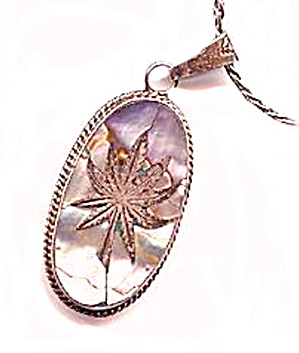 Hecho En Mexico.925 Mexico With Abalone Floral Pendant