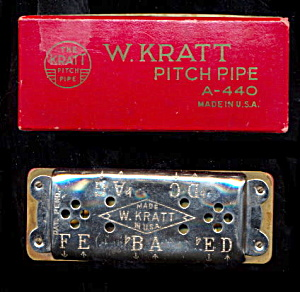 Early 1900s W. Kratt Pitch Pipe in Case (Image1)