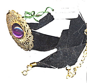 Lovely Western Germany Velvet Choker Necklace (Image1)