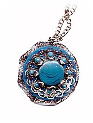 Blue Floral/Flower Lucite & Metal Pendant Necklace (Image1)