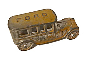 Prewar 1909-1911 Ford Penny Toy Limousine / Car