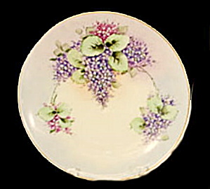 Lovely Thomas Bavaria Clusters of Grapes Plate (Image1)