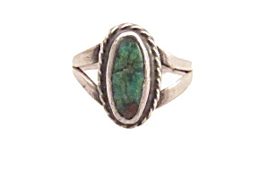 Early Sterling Silver & Turquoise Vintage Ring