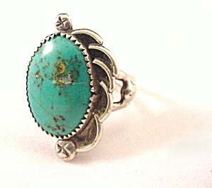 Lovely Sterling Silver & Turquoise Vintage Ring (Image1)