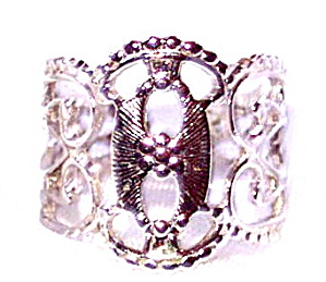 "1972 Sarah Coventry ""Queens Lace"" Ring (Image1)"