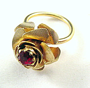 "1972 Sarah Coventry ""Rosette"" Rose Ring (Image1)"