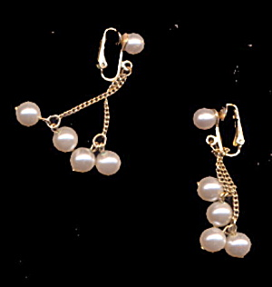 1959 Sarah Coventry Faux Pearl Drop Earrings (Image1)