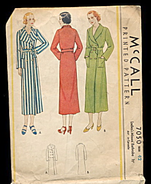 1932 Mccall 7050 Ladies Bathrobe Sewing Pattern