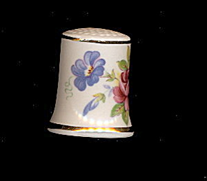 Lovely Trent China Floral Porcelain Thimble #2 (Image1)