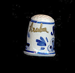 Lovely Blue Handpainted Aruba Ceramic Thimble (Image1)