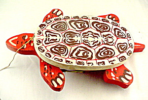 1920s Tick Tock Toys Wooden Turtle Pull Toy (Image1)