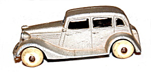 1935 Tootsietoy Ford Sedan In Silver