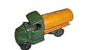 1928 Tootsietoy C Top Mack Oil Truck