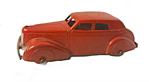 Tootsietoy #230 1940 Lasalle Sedan In Red