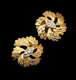Vintage Trifari Goldtone & Rhinestone Flower Earrings (Image1)
