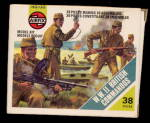 Click here to enlarge image and see more about item 000PLAS12: Airfix WW II British Commandos 1977 Plastic Soldiers