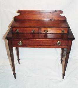 New England Pine Dresser (Image1)