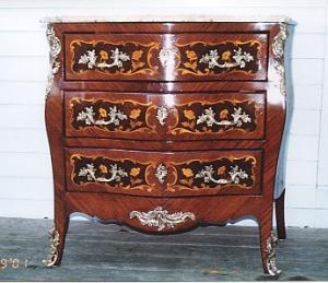 Commode (Image1)