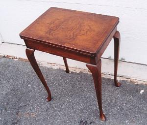 Walnut Game Table (Image1)
