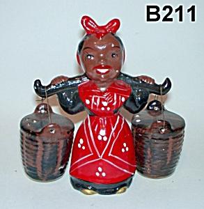 "5"" Mammy Salt & Pepper Shakers (Image1)"
