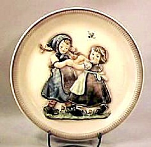 "1980 Anniversary Plate ""Spring Dance"" (Image1)"