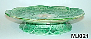 Majolica Footed Pond Lily Plate (Image1)