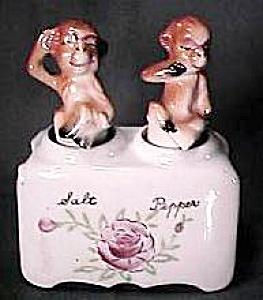 Monkey Salt & Pepper Shaker Nodders (Image1)