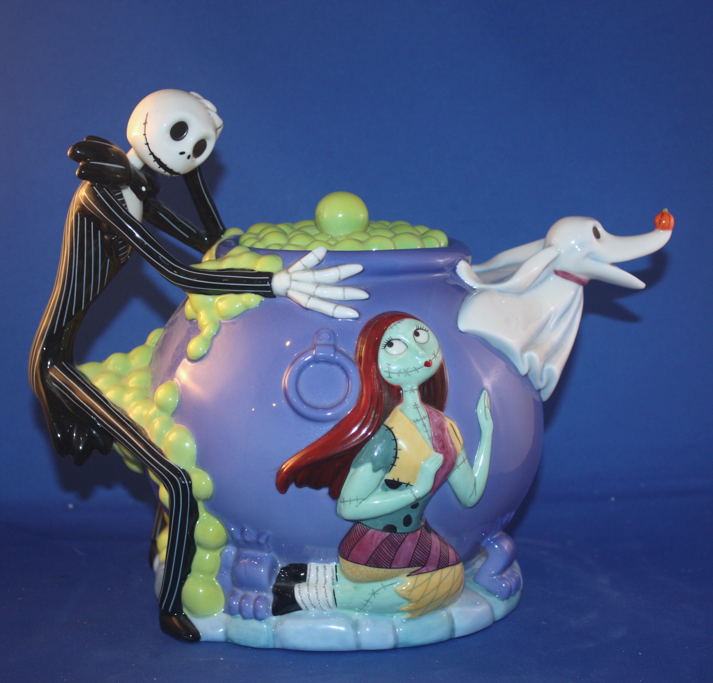 VERY RARE NIGHTMARE BEFORE CHRISTMAS TEAPOT (Porcelain and Pottery ...