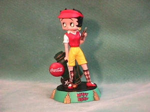 BETTY BOOP COKE GOLFING RESIN FIGURINE. (Image1)