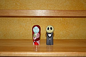 NBC SALLY AND JACK SALT AND PEPPER SHAKER (Image1)