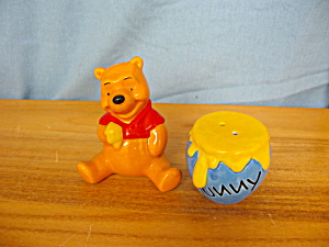 Pooh & Honey Pot Salt & Pepper