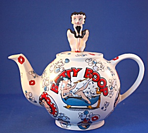 CARDEW BETTY BOOP BETTY TEAPOT (Image1)
