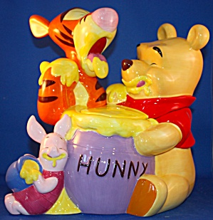 POOH & PALS COOKIE JAR. (Image1)