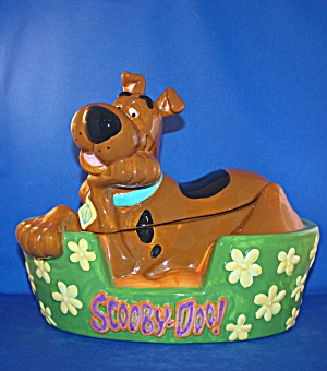 Scooby Doo In His Bed Cookie Jar Kitchen Collectibles