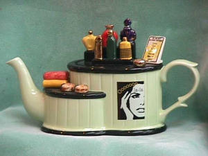 Perfume Counter Teapot