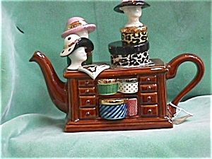HAT COUNTER BROWN TEAPOT (Image1)