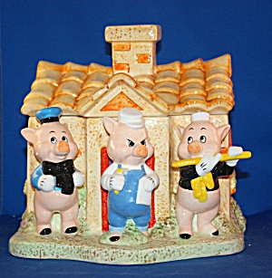 THREE LITTLE PIGS COOKIE JAR (Image1)