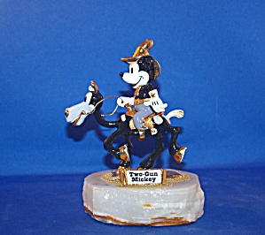 TWO GUN MICKEY BY RON LEE (Image1)