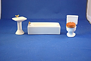 WHITE RECTANGULAR TUB THREE PIECE BATHROOM SE (Image1)