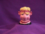 Click here to enlarge image and see more about item 2332: WIG PIG SALT & PEPPER