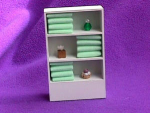 TOWEL CLOSET WHITE (GREEN TOWLES)