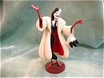 Click here to enlarge image and see more about item DANA104: DISNEY CLASSICS CRUELLA DE VILLE