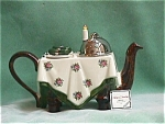 DINING TABLE TEAPOT
