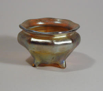 Click to view larger image of Tiffany Studios Gold Salt, 4 Legs, Ribbed (Image1)