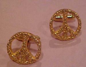 Peace cufflinks (Image1)