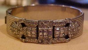 Allco Art deco bangle with rhinestones (Image1)