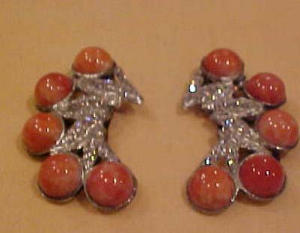 Pair of dress clips w/rhinstones cabochons (Image1)