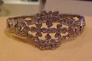 Pot metal & Rhinestone bangle (Image1)