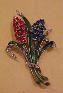 Trifari enamel flower rhinestone fur clip (Image1)